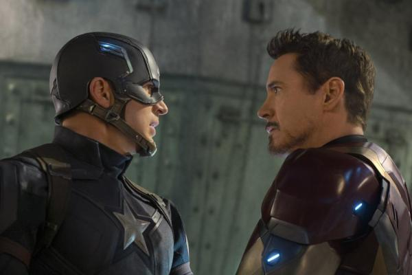 Captain America and Iron Man in 'Captain America: Civil War'