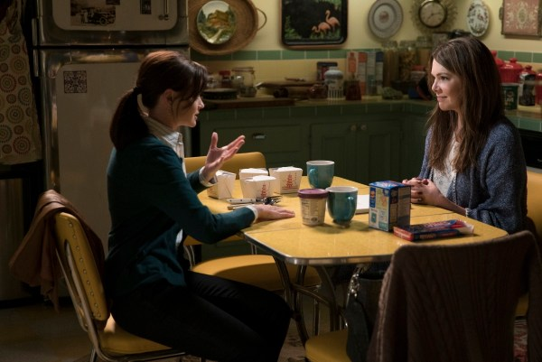 Alexis Bledel as Rory and Lauren Graham as Lorelai.