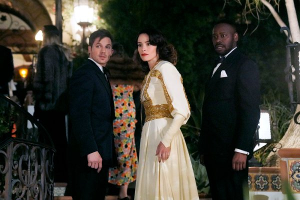 "TIMELESS -- ""Hollywoodland"" Episode 203 -- Pictured: (l-r) Matt Lanter as Wyatt Logan, Abigail Spencer as Lucy Preston, Malcolm Barrett as Rufus Carlin -- (Photo by: Paul Drinkwater/NBC)"