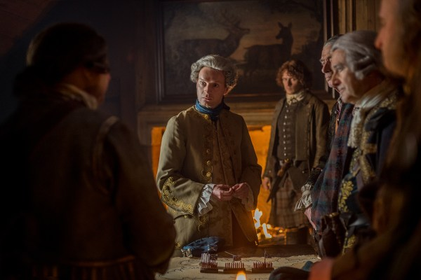 Princes Charles convinced to return to Scotland, Jamie disagrees 11/08 Jamie says a prayer over Claire
