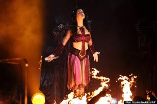 Katy Perry's 'Dark Horse' Grammy Performance Had Witchcraft, Satanic Symbolism