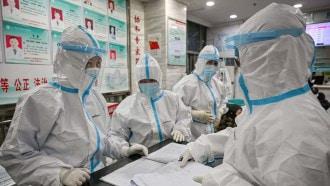 """الصين ترفض تسليم """"الصحة العالمية"""" معلومات عن الإصابات المبكرة بكورونا"""