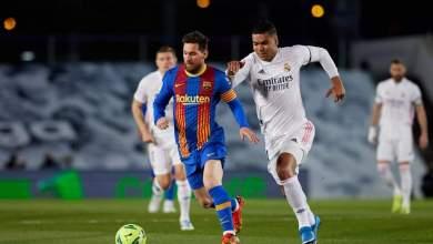 ريال مدريد في صدارة الدوري مؤقتاً بتغلبه على برشلونة