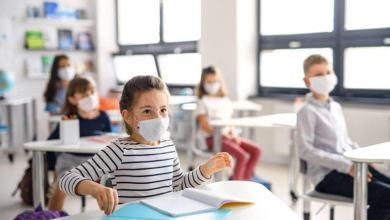 تحذيرات طبية من تفشي كورونا مع بداية العام الدراسي