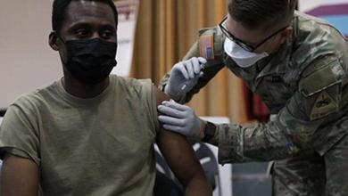 الجيش الأمريكي يرفض التطعيم وتهديدات بالتسريح من الخدمة