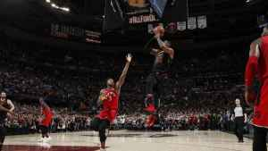 LeBron James hits another walk-off game winner, Cavaliers defeat Raptors to take 3-0 series lead