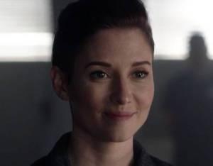 Supergirl's Alex Gets a Presidential Surprise in Premiere Sneak Peek