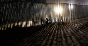 News Analysis: Trump's Wall Stance Upends Washington's Usual Border Bargaining