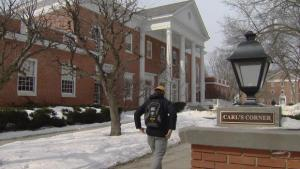 Expert predicts 25% of colleges will fail in the next 20 years