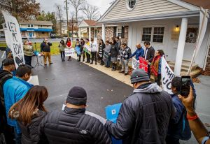 Immigrants seeking driver's licenses line up across New York