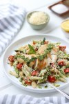 Easy Gluten-Free Chicken Pesto Pasta