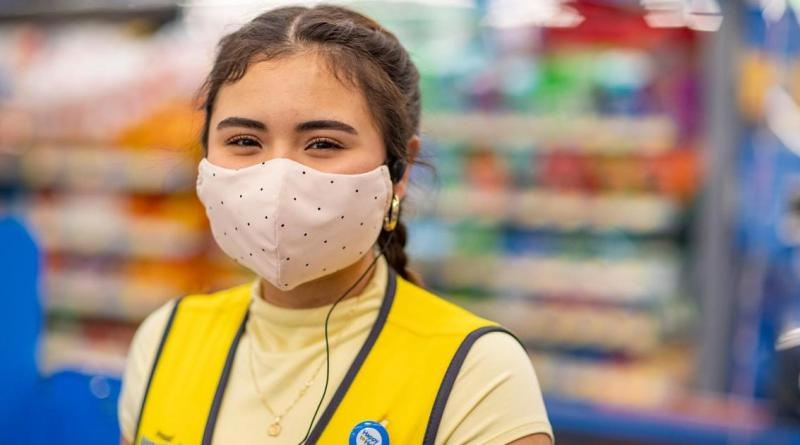 Walmart offering another round of bonuses as pandemic rages on