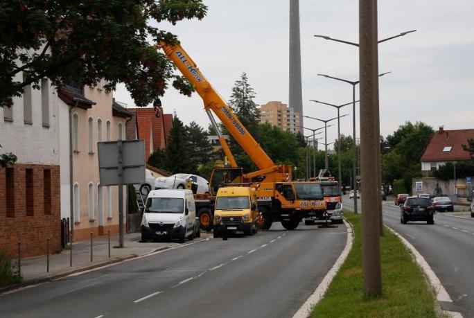 Lkw-Unfall in der Ansbacher Straße: Lastwagen kracht in Wohnhaus
