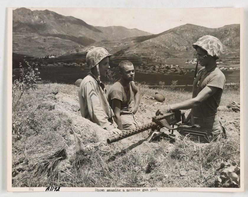 Korean War: manning a machine gun post