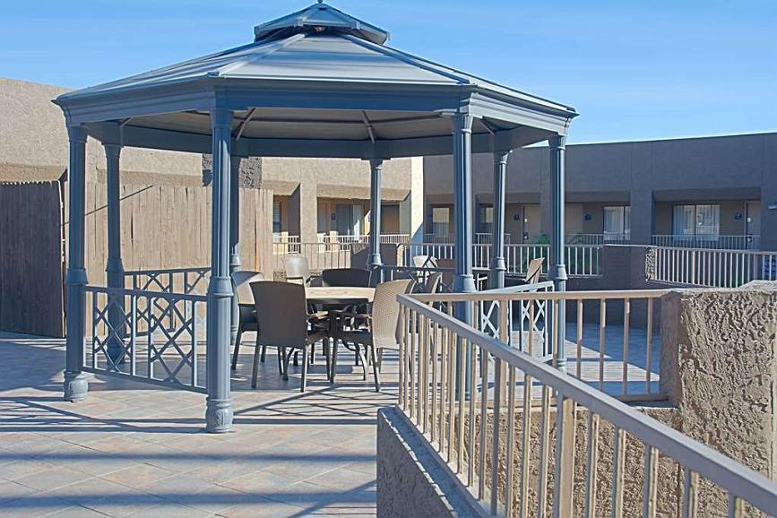 best western yuma mall hotel suites