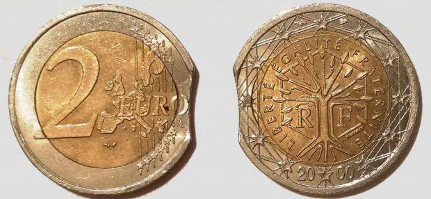 2 Euro France 2000 clipée sur couronne