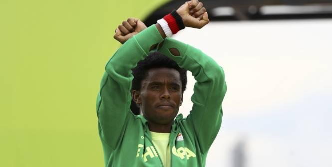 Athlétisme - JO 2016 - Rio - Feyisa Lilesa a remporté la médaille d'argent. (Reuters)