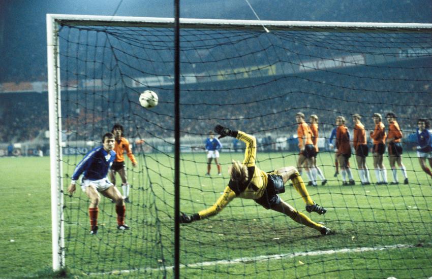 Platini vs. Olanda 1981