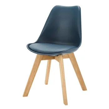 chaise style scandinave blanche et
