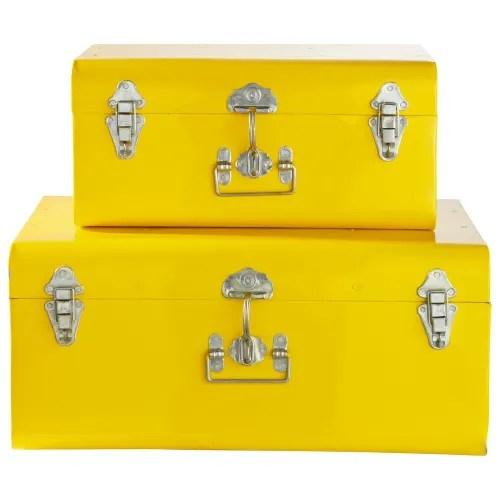 2 malles en metal jaunes maisons du monde