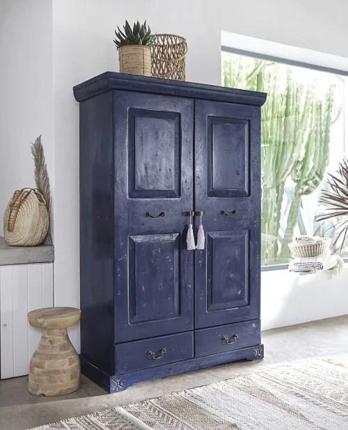 armoire 2 portes 2 tiroirs en manguier massif bleu maisons du monde