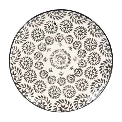 assiette a dessert en faience noire et blanche imprimee maisons du monde