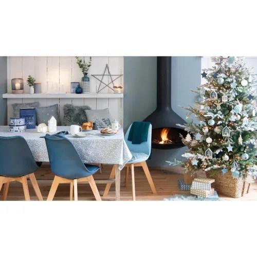 chaise style scandinave bleu marine et chene massif maisons du monde