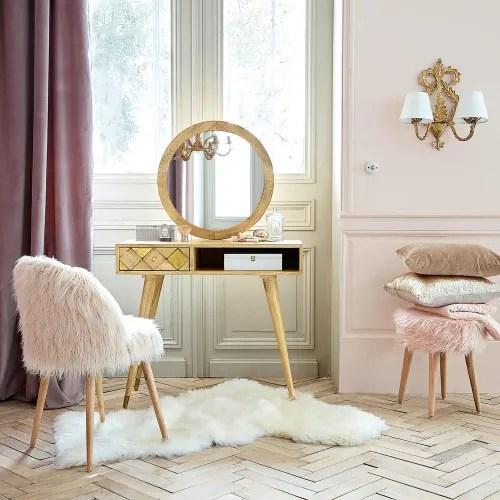 chaise vintage en fausse fourrure rose et bouleau maisons du monde