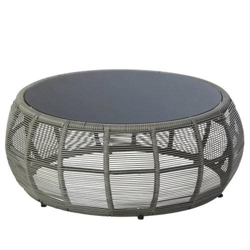 table basse de jardin ronde en resine tressee et verre gris maisons du monde