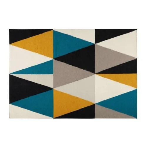 tapis motifs triangles multicolores 200x140cm maisons du monde