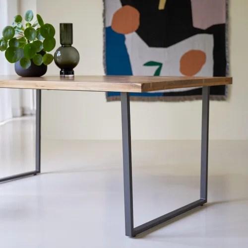 table en metal et bois d acacia massif 175x90 temis maisons du monde