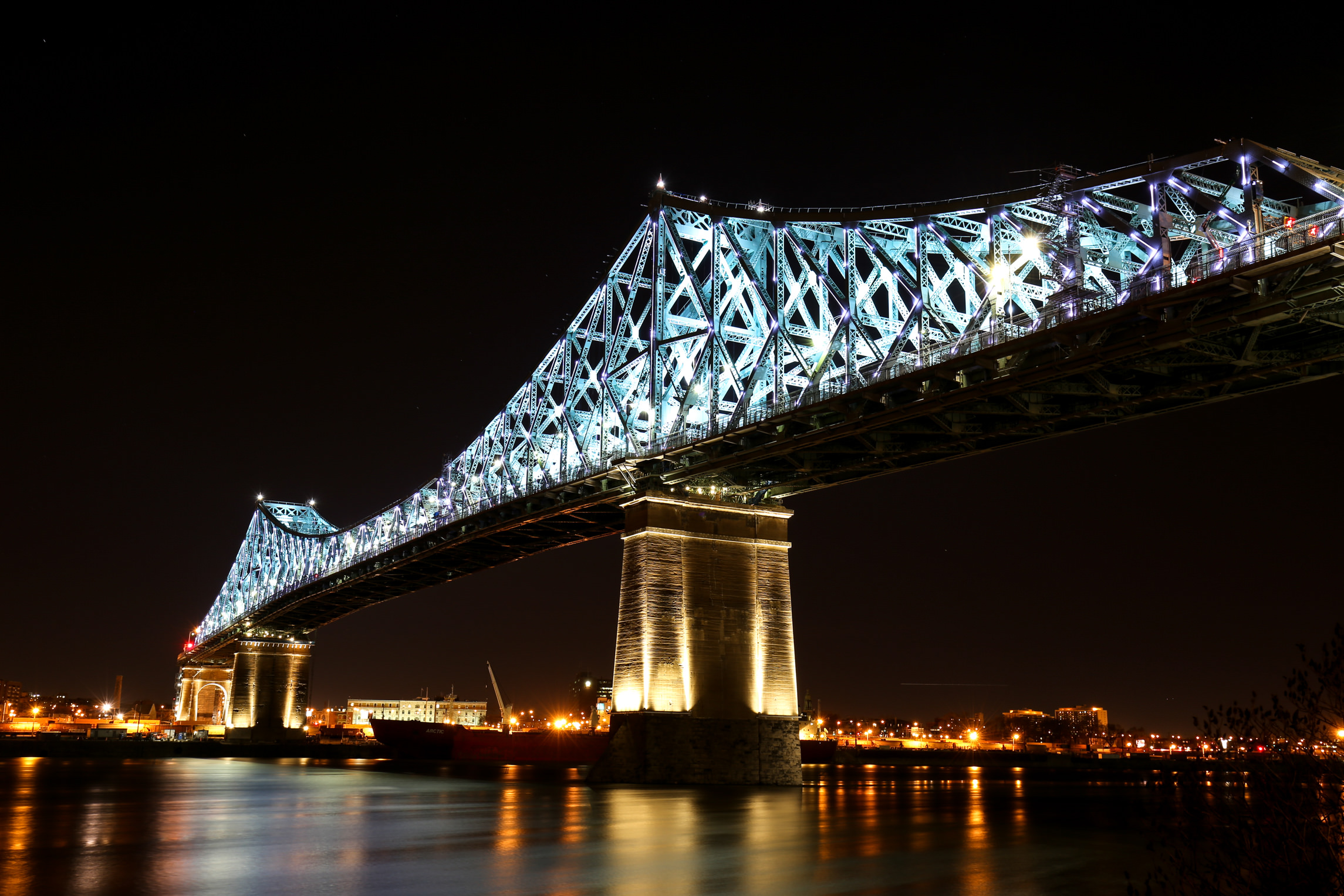 Jacques Cartier Bridge Lights Moment Factory
