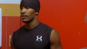 The tank top black Under Armour Willie Beamen (Jamie Foxx) in the hell of The Sunday