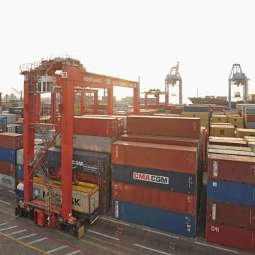 Bolloré: 350 conteneurs bloqués au port d'Owendo