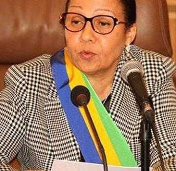 Les sénateurs de la majorité réitérèrent leur soutien à Nkoghe Bekale