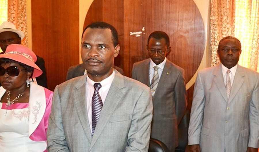 Gabon: Frédéric Massavala à l'air libre