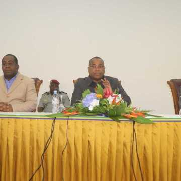 GABON : NKOGHE BEKALE PROMET 2980 SALLES DE CLASSES POUR 2022