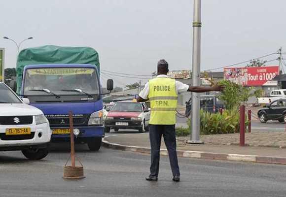 DES SANCTIONS CONTRE UN POLICIER VÉREUX