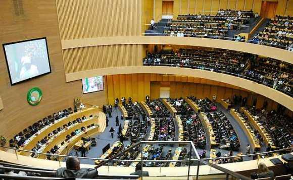 LA SÉCURITÉ AFRICAINE AU CŒUR D'UN SOMMET À LIBREVILLE