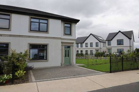 16 Ringfort Drive, Kinsale Manor, Kinsale