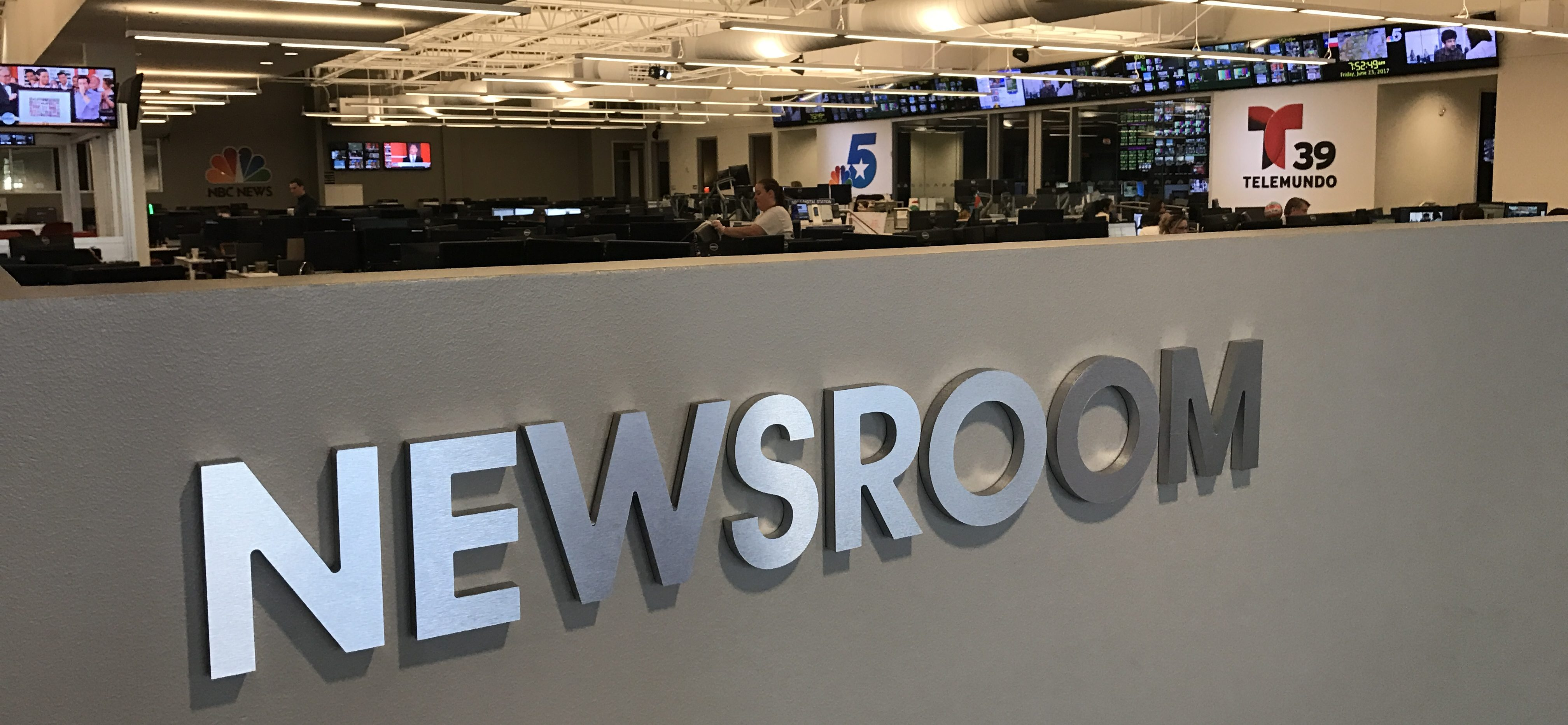 tv newsroom to classroom what one prof learned at his summer internship rh mediashift org