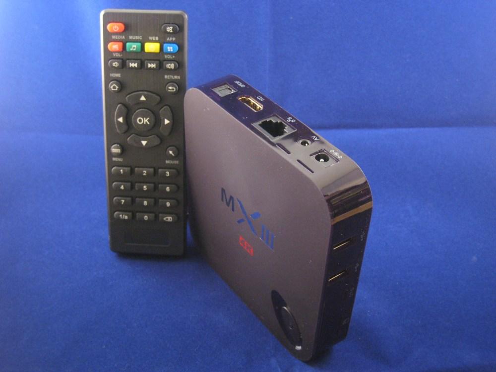 De MX III box met afstandsbediening