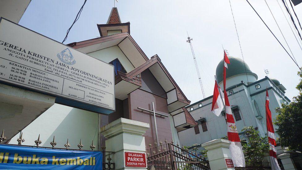 Pihak Masjid Juga Pernah 'Mengalah'