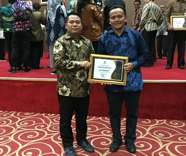 Unimed Terima Penghargaan Anugrah KIP Tahun 2019