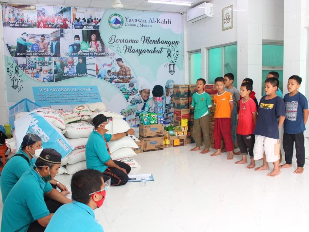 HUT ke-23, YPSA Bagikan Sembako Ke Korban Banjir dan Panti Asuhan