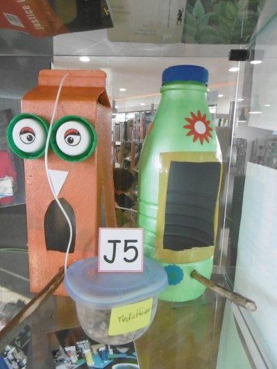 J5 : Les mangeoires à oiseaux par la périscolaire de Bourg-Achard