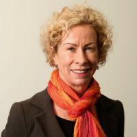 Professor Robyn McDermott | JCU