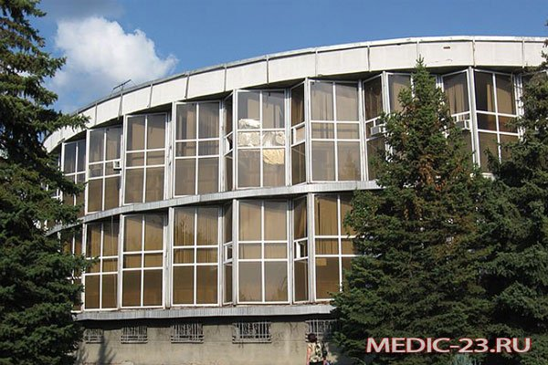 Здание водолечебницы