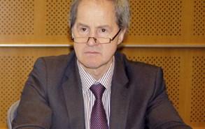 J Leinen