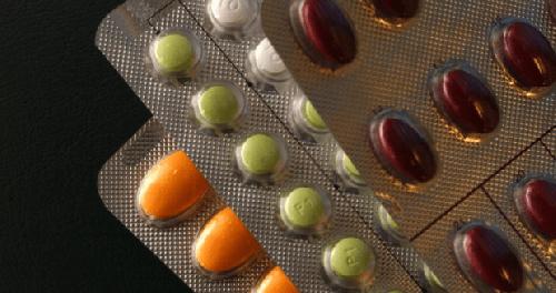 Заместительная гормональная терапия увеличивает риск развития рака яичников